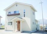 明るい南欧風スペース有効活用の家